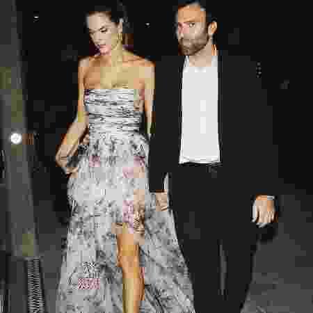 Alessandra Ambrosio se separou do noivo, Jamie Mazur, segundo revista - Reprodução/Instagram