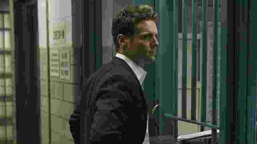 Jonathan Groff em cena de Mindhunter - Reprodução