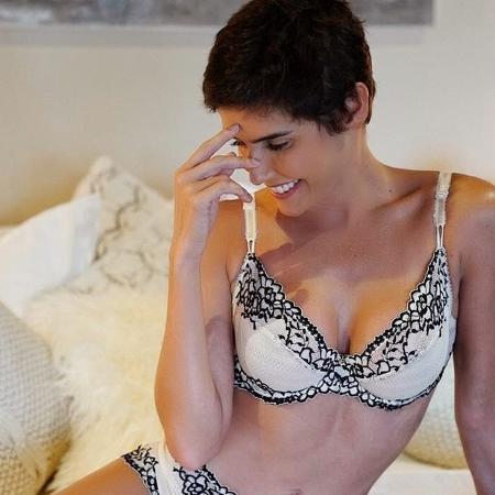 Deborah Secco posa de lingerie e arranca suspiros - Divulgação/Instagram