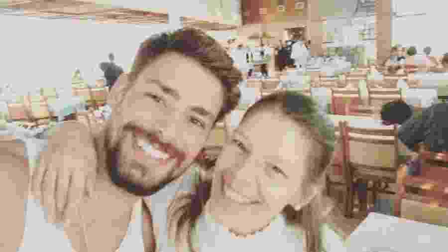 Cauã Reymond com sua mãe, Denise Reymond, que morreu há dez dias - Reprodução/Instagram