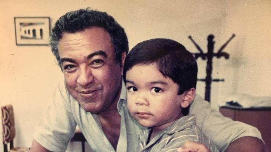 Mauricio de Sousa e o filho, Mauro, que se assumiu gay aos 18 anos - Arquivo Pessoal
