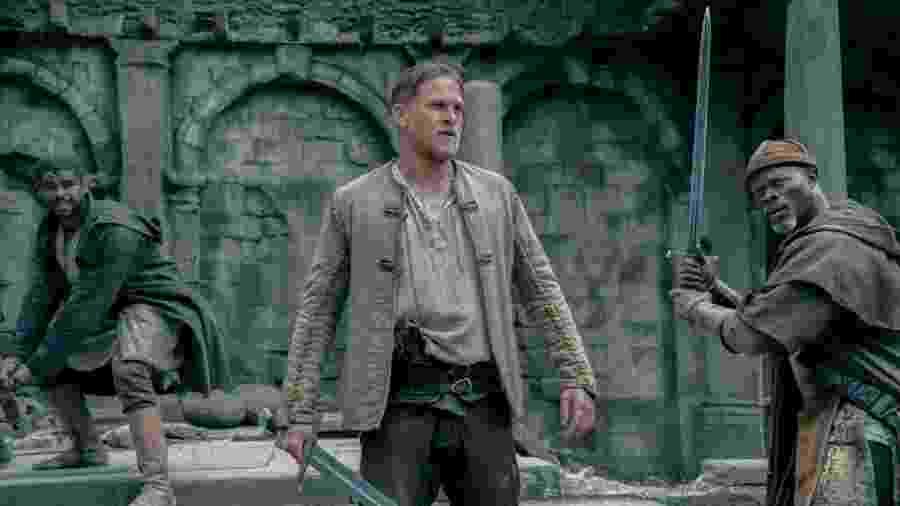 Cena do filme Rei Arthur - A Lenda da Espada - Divulgação