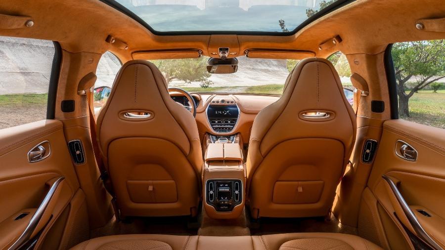 Interior Aston Martin DBX - Divulgação