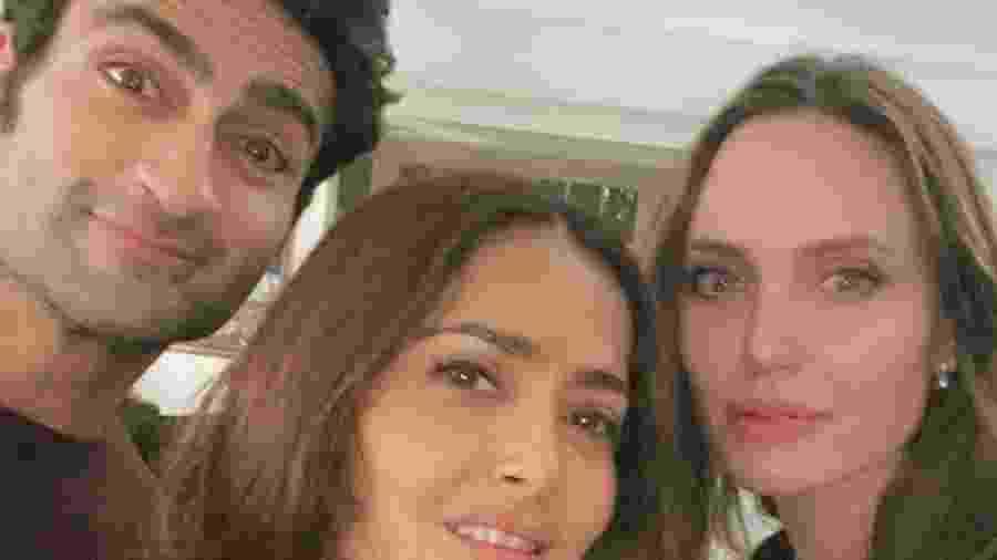 Salma Hayek rasgou seda para os colegas de elenco - Reprodução/Instagram