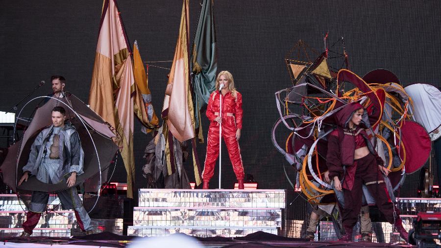 Kylie Minogue em seu show no festival Glastonbury - Harry Durrant/Getty Images