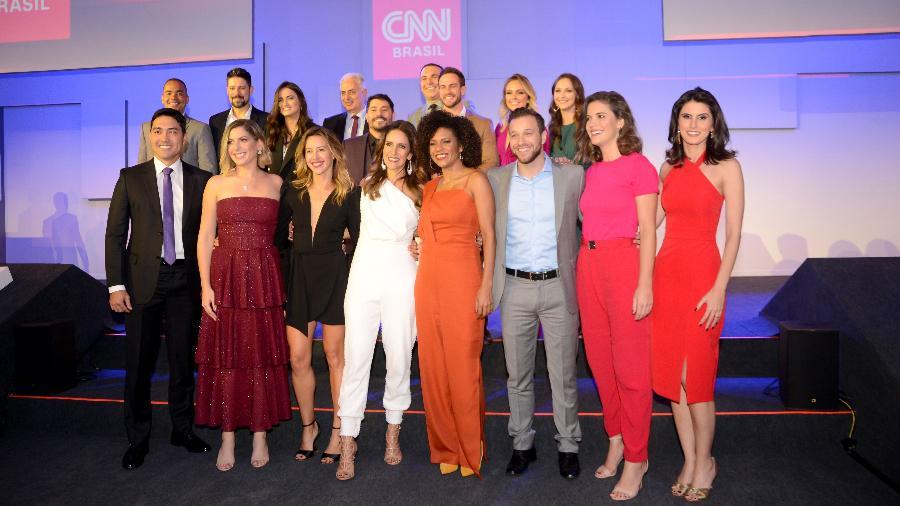 Apresentadores da CNN Brasil reunidos na festa de lançamento do canal, na semana passada, em SP - Divulgação