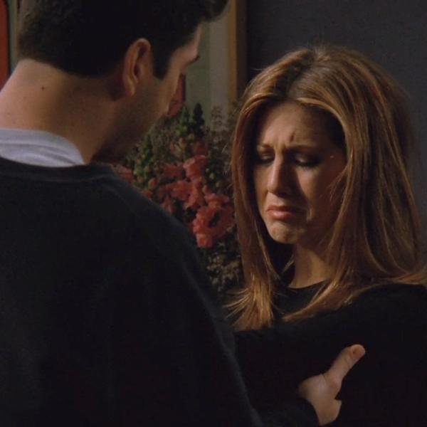 """Ross (David Schwimmer) e Rachel (Jennifer Aniston) em cena de """"Friends"""""""