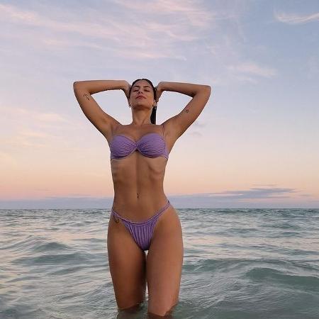 Mari Gonzalez posa de biquíni lilás e recebe elogios dos fãs - Reprodução/Instagram