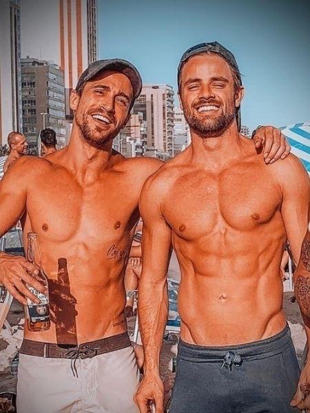 Mateus Correia Viana, à esquerda. Ao seu lado, o ex-BBB Rafael Licks - Reprodução/Instagram