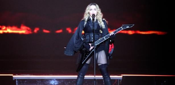 A cantora Madonna durante apresentação em Nova York