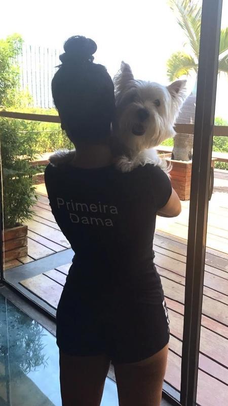 Letícia Lima publica foto com Chicó, cachorro de Ana Carolina - Reprodução/Instagram/aleticialima