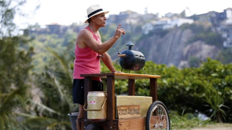 Mário Gomes vai trocar a carrocinha por um food truck estilizado na Praia da Joatinga  - Marcelo de Jesus/UOL