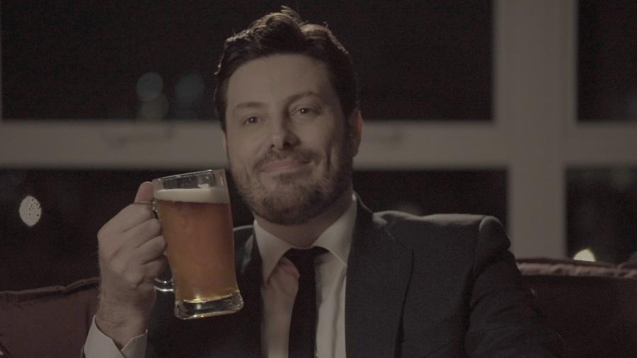 """Danilo Gentili bebe todas como um dos narradores do """"A História Bêbada - Drunk History"""" - Divulgação/ComedyCentral"""