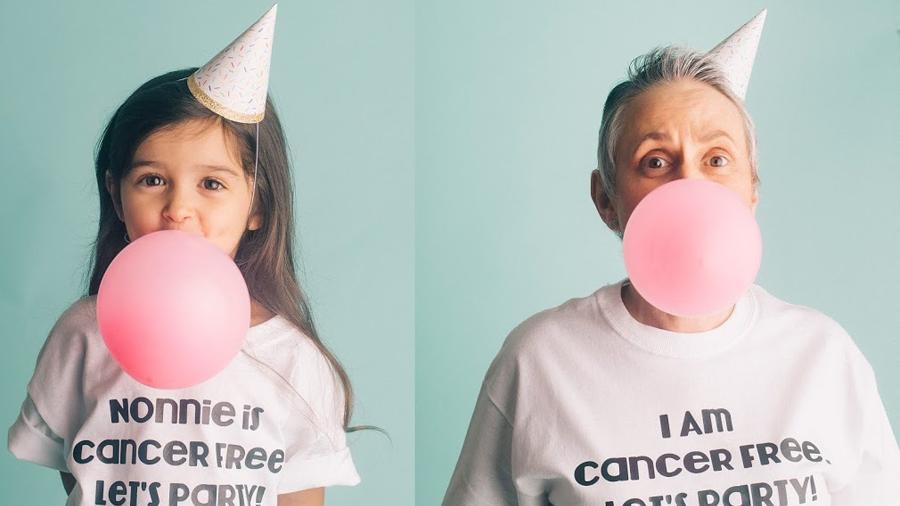 Scout Larson, de 3 anos, com a avó, Diane Willoughby, em ensaio fotográfico - Reprodução/Ashley Larson