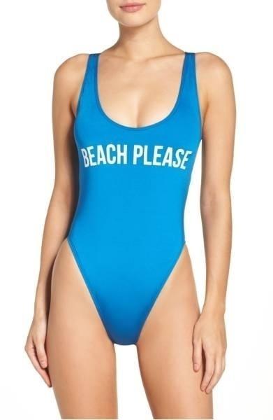 """E não pense que é só na gringa que você acha essa alma bem-humorada na moda praia. A brazuca 787 Shirts, por exemplo, vende o modelo """"Mermaid"""" (sereia) a R$ 49,90"""