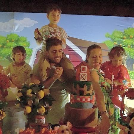 Luana Piovani e Pedro Scooby na festa de aniversário dos filhos gêmeos, Bem e Liz - Reprodução/Instagram