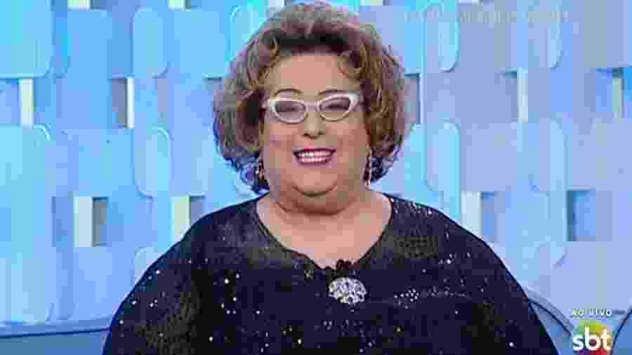 """Mamma Bruschetta volta ao """"Fofocalizando"""" após ficar internada durante uma semana - Reprodução/SBT"""
