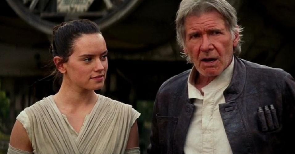 """Harrison Ford e Daisy Ridley em cena de """"Star Wars: O Despertar da Força"""" (2015)"""