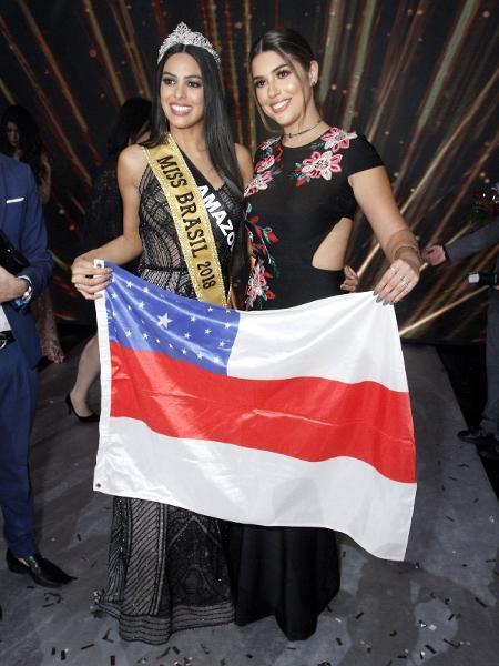A ex-BBB Vivian Amorim posa com a Miss Brasil Mayra Dias - Thyago Andrade/AgNews