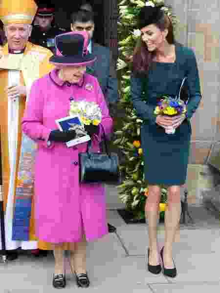 E Kate em sua primeira viagem com Elizabeth 2ª - Getty Images - Getty Images