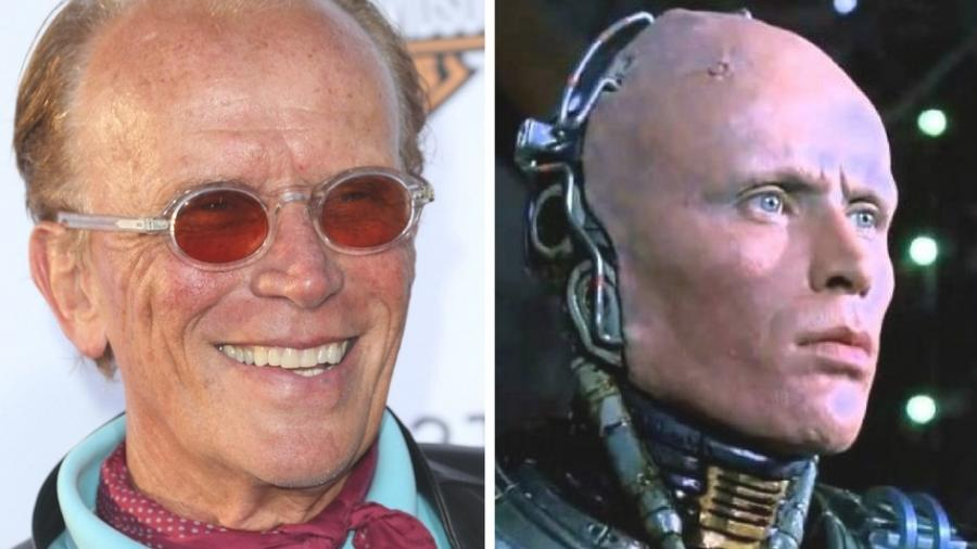 Peter Weller em foto de 2013 e como RoboCop no filme de 1987 - Frederick M. Brown/Getty Images