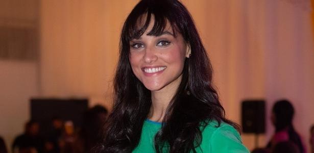 9b65c6cf80307 Famosas apoiam Débora Nascimento após separação de José Loreto - 18 02 2019  - UOL TV e Famosos