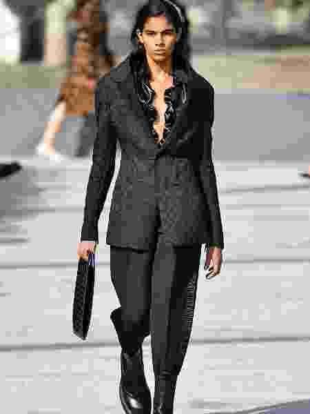 Thalita Farias no desfile da Bottega Veneta na Semana de Moda de Milão em 20 de fevereiro - Getty Images