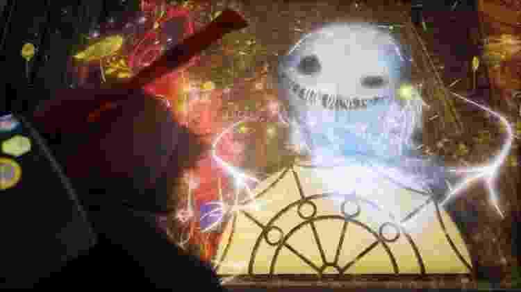 Luna é a criatura que dá a Ash seu super-pincel - Reprodução