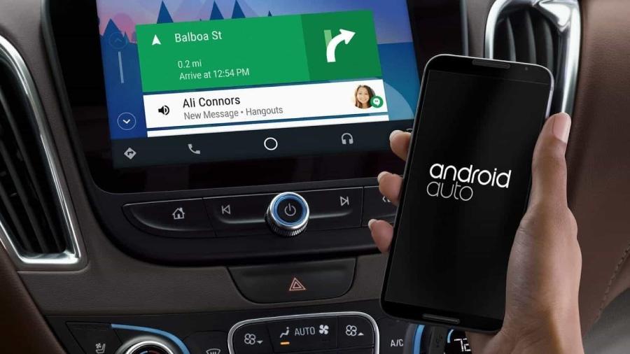 Relação vai além de sistemas de integração e há muitas tecnologias nos carros que foram popularizadas por celulares - Divulgação