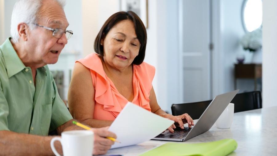Saúde, transporte e lazer são alguns exemplos de garantias que os idosos podem usar de forma gratuita - iStock