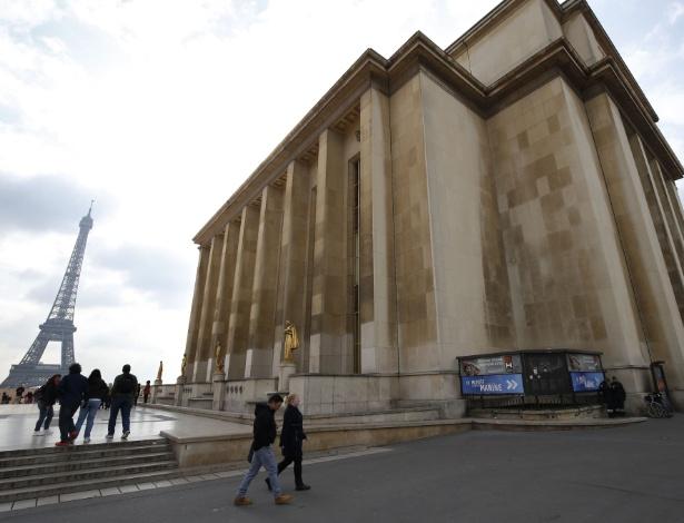 A fachada do Museu do Homem, em Paris, que será reaberto após seis anos de reforma - Patrick Kovarik/AFP