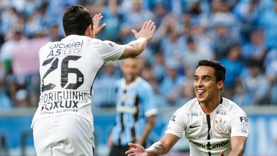 Jadson comemora gol marcado pelo Corinthians contra o Grêmio - Rodrigo Gazzanel/Ag.Corinthians
