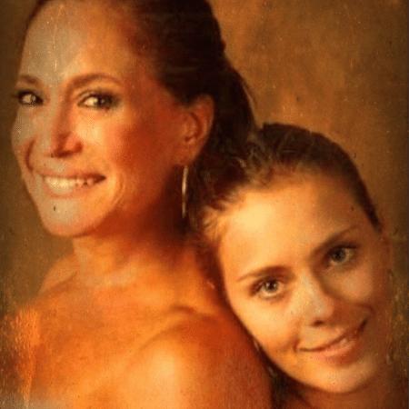 Carolina Dieckmann parabeniza Susana Vieira por seus 75 anos - Reprodução/Instagram/lolacarola