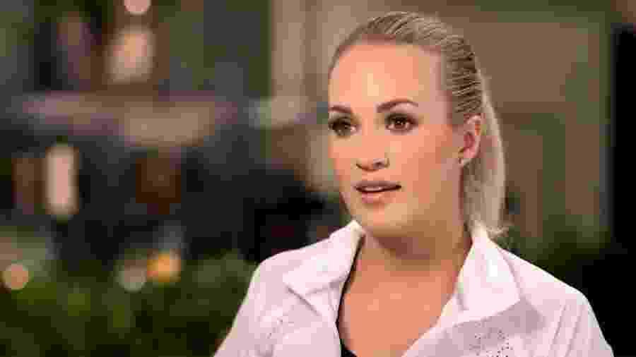 """Carrie Underwood dá entrevista ao programa """"Today"""" após acidente que a deixou com 50 pontos no rosto - Reprodução/Twitter"""