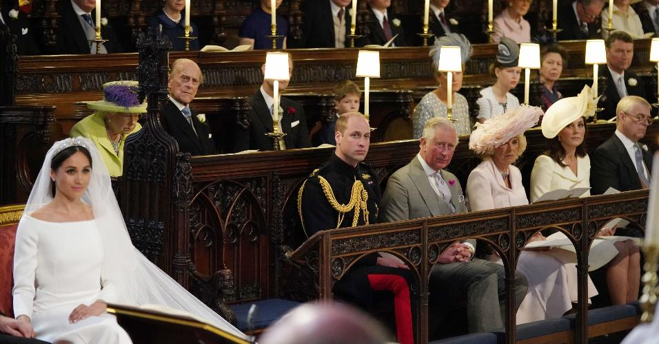 O lugar vago na capela de São Jorge ao lado de toda a família real se destacou