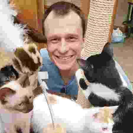 O especialista Alexandre Rossi diz que gatos precisam de um lar adaptado a seus comportamentos - Arquivo Pessoal