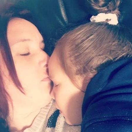 Emma com a filha Teagan - Reprodução/Facebook