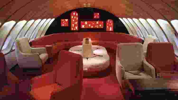 Nos anos 70, passageiros encontravam este estiloso espaço em aviões 747 da Avianca - Divulgação/Boeing - Divulgação/Boeing