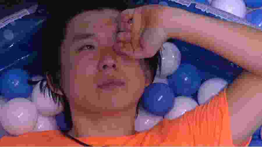 BBB 20: Pyong se isola em festa e chora - Reprodução/Globo