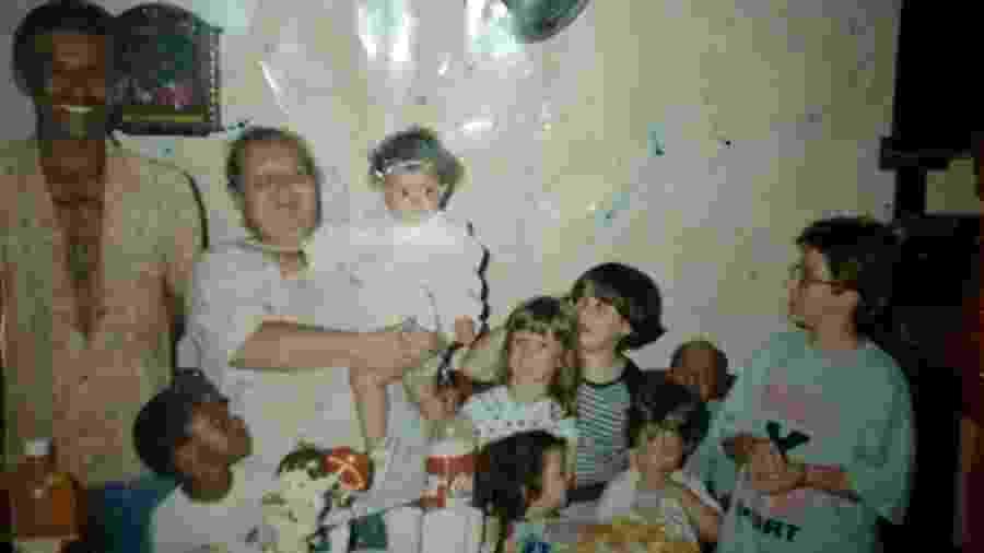 O pequeno niLL em festa com a família - Acervo Pessoal