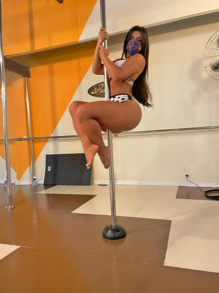 Suzy Cortez praticando o pole dance - Ivan Remonte/Divulgação