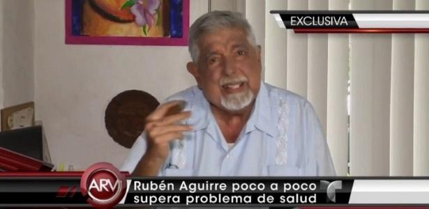 O ator mexicano Rubén Aguirre em entrevista ao canal Telemundo, no México