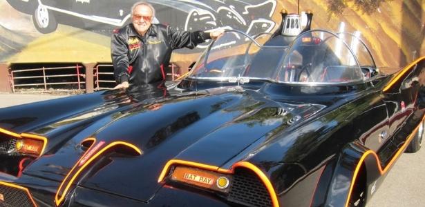George Barris foi o criador do clássico Batmóvel da década de 60 - Divulgação