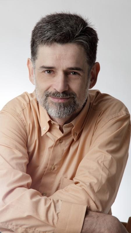 """O pediatra espanhol Carlos González, que vem ao Brasil neste mês lançar o livro """"Meu Filho Não Come!"""" - Divulgação"""