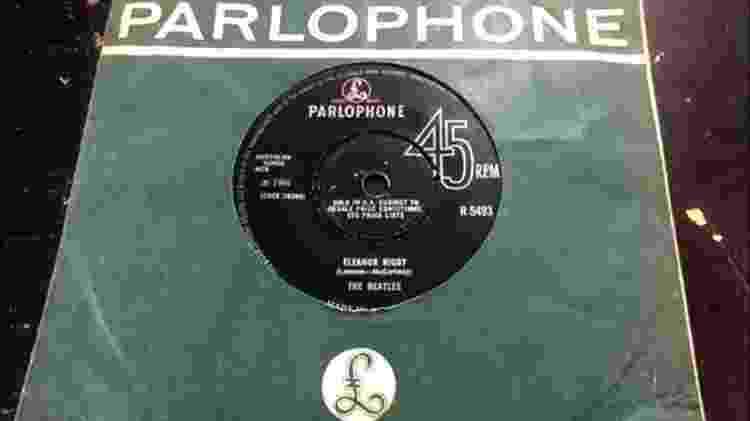 O single original de Eleanor Rigby, lançada em 1966 - BBC - BBC