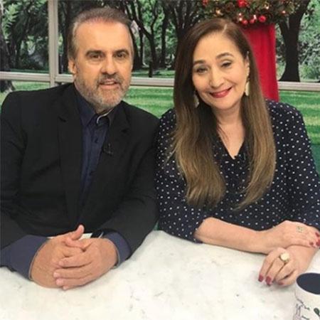 """Roberio de Ogum participa do programa """"A Tarde é Sua"""", com Sonia Abrão  - Reprodução/Instagram"""