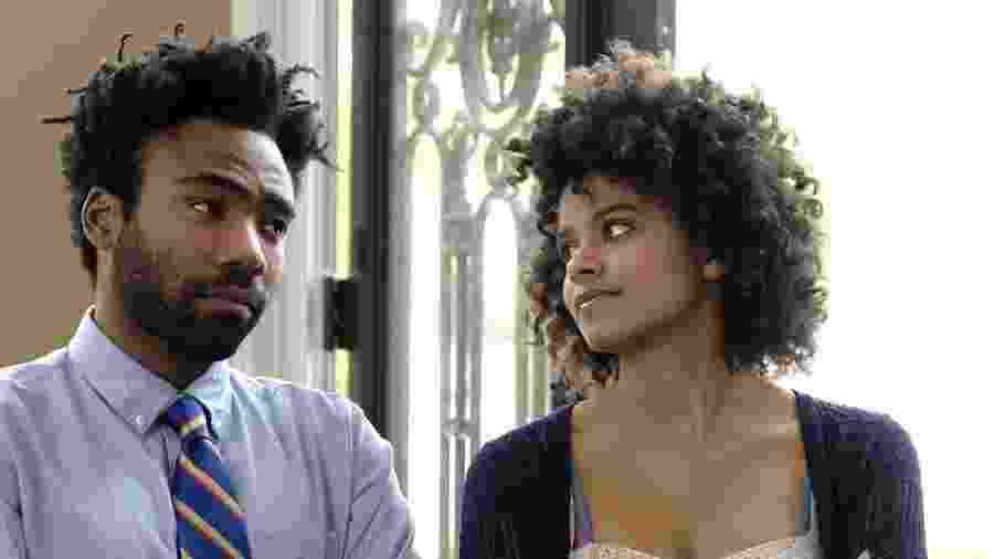"""Zazie Beetz com Donald Glover na série """"Atlanta"""" - Divulgação"""