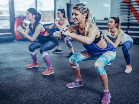Em busca de um treino em grupo? Veja como encontrar a modalidade ...