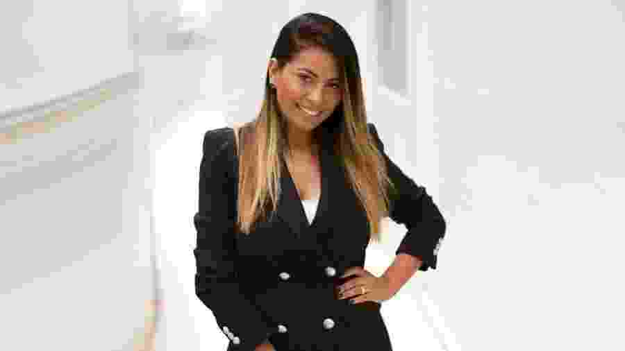 Negócio de vestidos de Karoliny a faz faturar quase 3 milhões ao ano - Divulgação