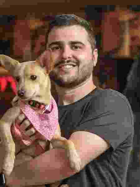 O repórter do UOL e sua cachorrinha, Gal - Reinaldo Canato/UOL